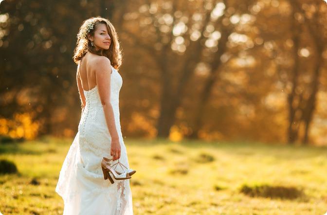 ビスチェタイプはどのようなウェディングドレスに合うの?