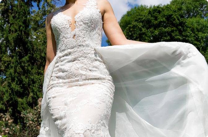 ガードルを穿いたほうがよいウェディングドレス・花嫁さん