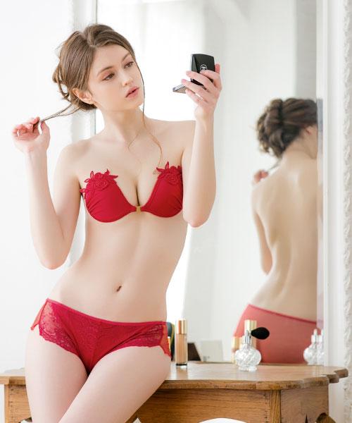 ヌーブラ・エアーライト ソレイユ